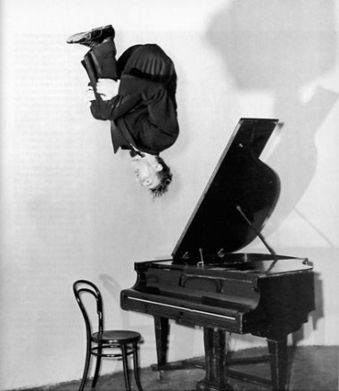 flying_pianist